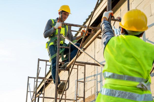 Stavby a rekonstrukce průmyslových staveb a provozoven